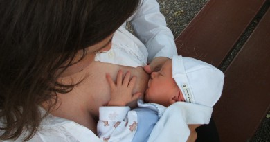 breastfeeding-2090396_1280